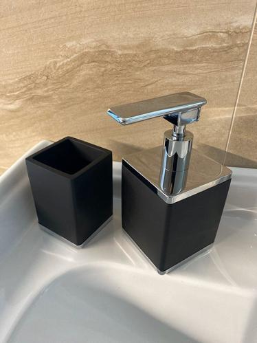 Boheme Q диспансер для жидкого мыла настольный, черный/хром